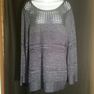 Chico size 3 woman's lightweight sweater